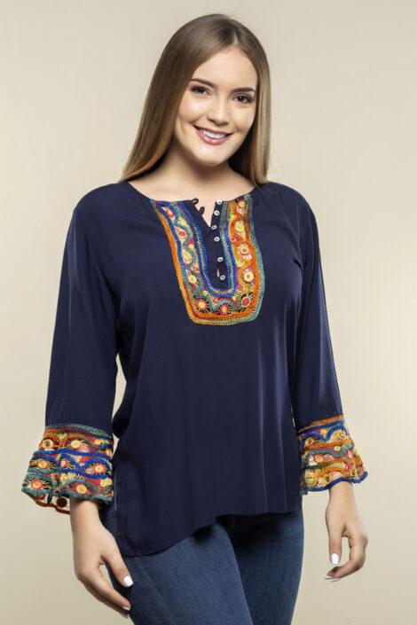 blusa bordada botones